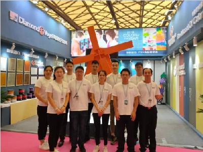 美国钻石涂料上海国际墙纸墙布展览会火爆现场