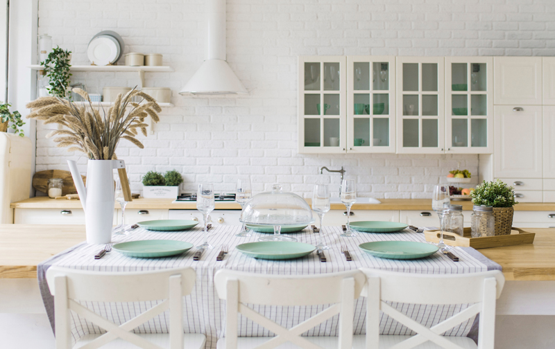 Natural Whites Kitchen Inspiration